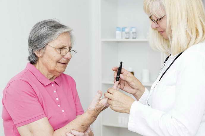 Реабилитация пожилых людей после инсульта