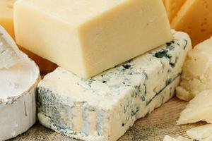отравление просроченым сыром