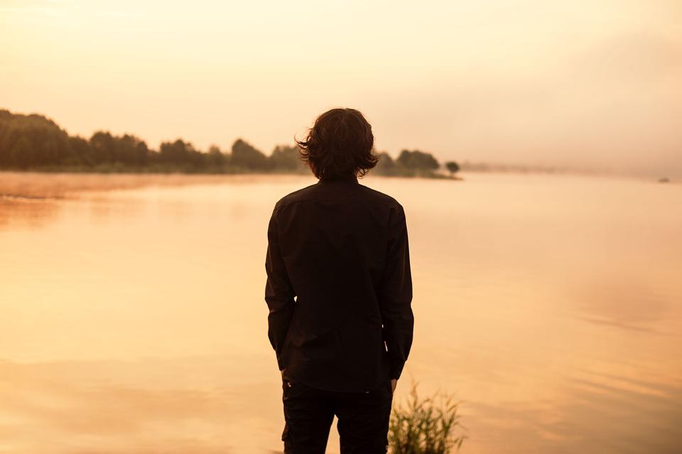 Когда отношения закончились: как мужчины переживают разрыв