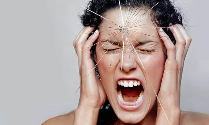 Почему возникает головная боль при неврозе