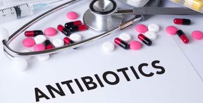 Какие антибиотики рекомендованы при менингите