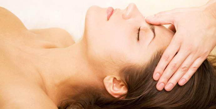 Точечный массаж при бессоннице , в чем помощь