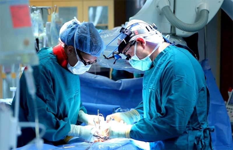 Операция удаление узлов на щитовидной железе