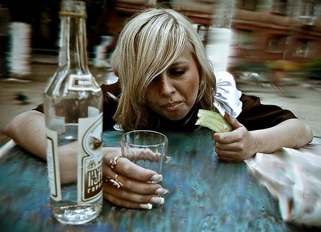Признаки алкоголизма у женщин на лице, фото