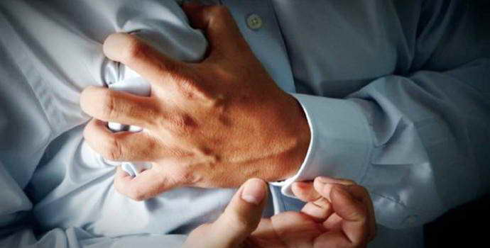 Аритмия при остеохондрозе: причины, симптомы, лечение
