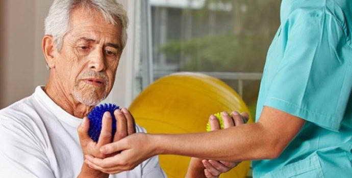 Реабилитация после инсульта: правила проведения