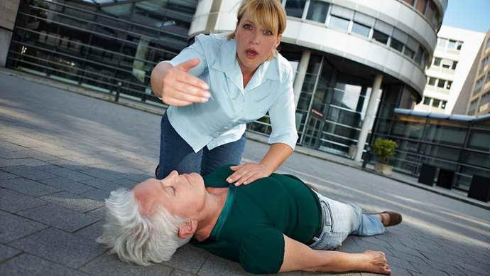Предоставление доврачебной помощи при инсульте