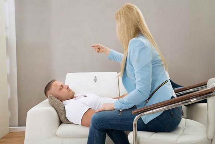 Лечение гипнозом панических атак