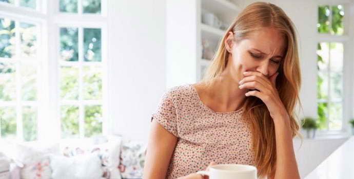 Тошнота при остеохондрозе: причины появления и купирование симптома