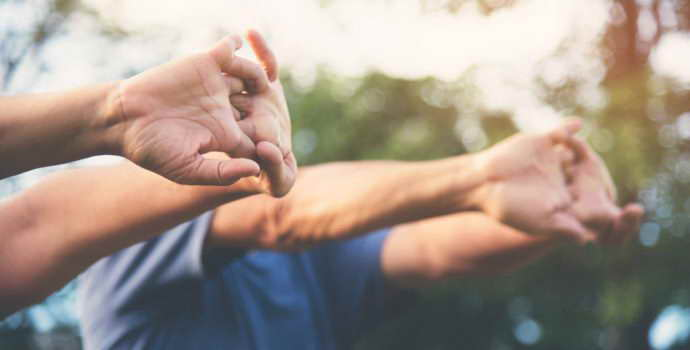 Как восстановить руку после инсульта , полезные советы