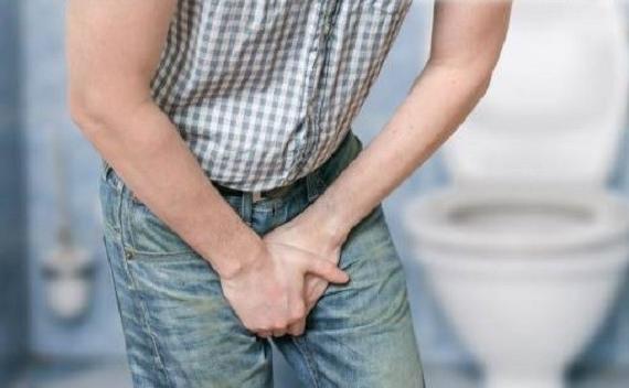 Кровь при мочеиспускании у мужчин причины, симптомы и лечение