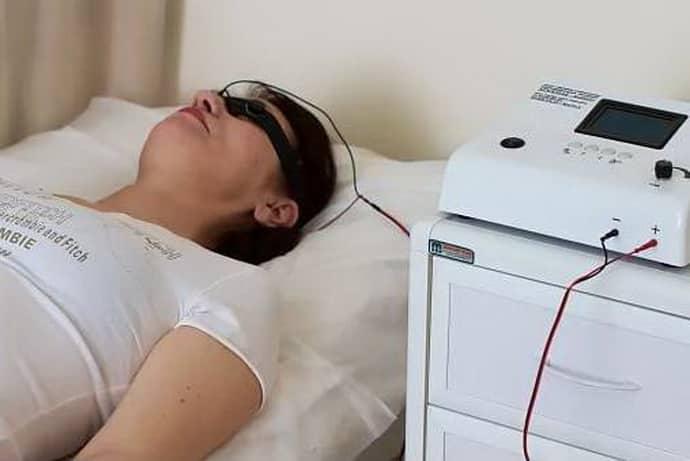 Поможет ли электро сон справиться с бессоницей