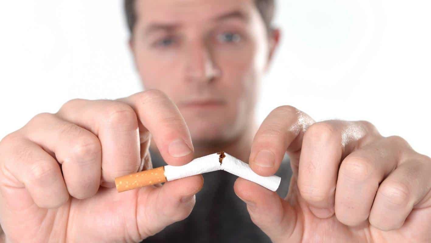 После курения болит голова