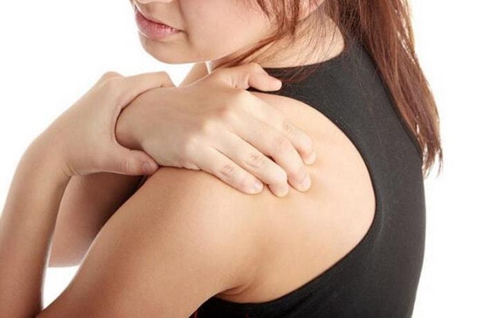 Симптомы невралгии под лопаткой