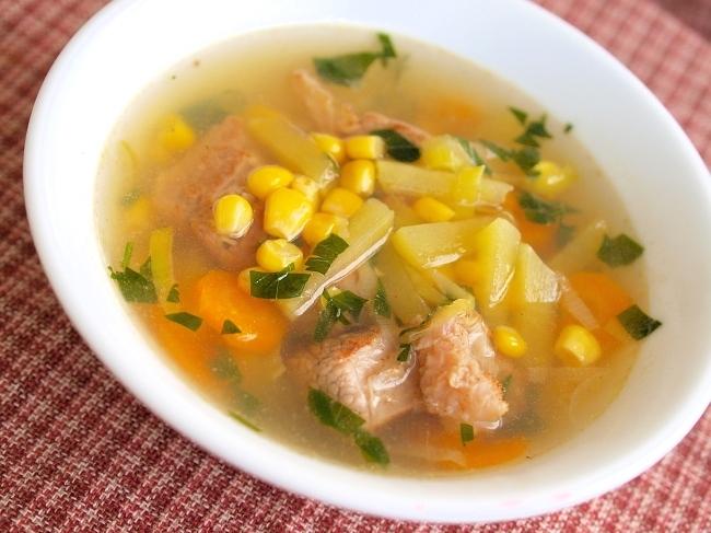 Говяжий суп с овощами