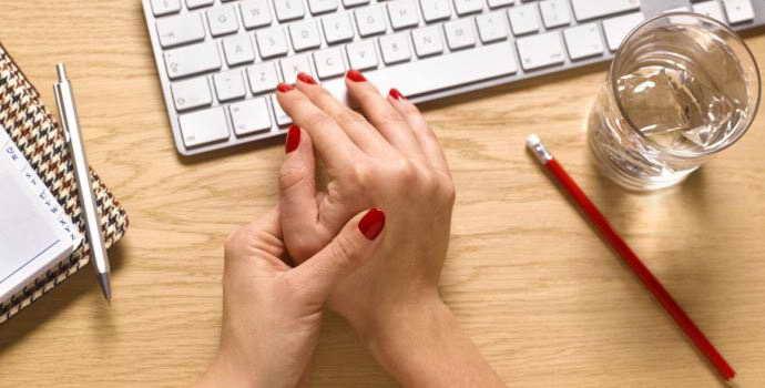 Защемление нерва в руке: особенности протекания и развития патологии
