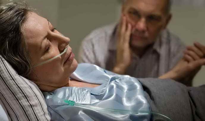 Опасность инсульта в пожилом возрасте