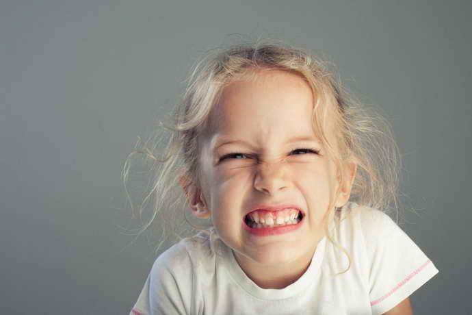 Бруксизм у ребенка