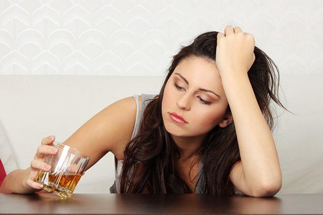 Развитие алкогольной зависимости у молодых женщин
