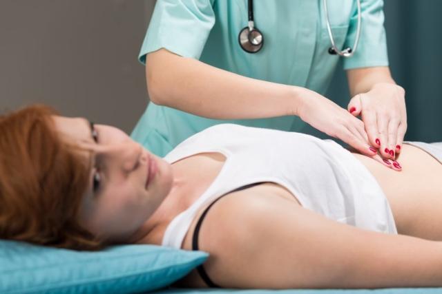 Желудочное и кишечное кровотечение. Симптомы и алгоритм оказания первой помощи