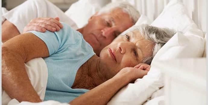 Применение народных средств от бессонницы у пожилых людей: обзор методик