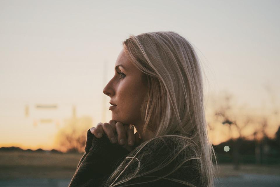 Как самостоятельно бороться с тревогой и стрессом