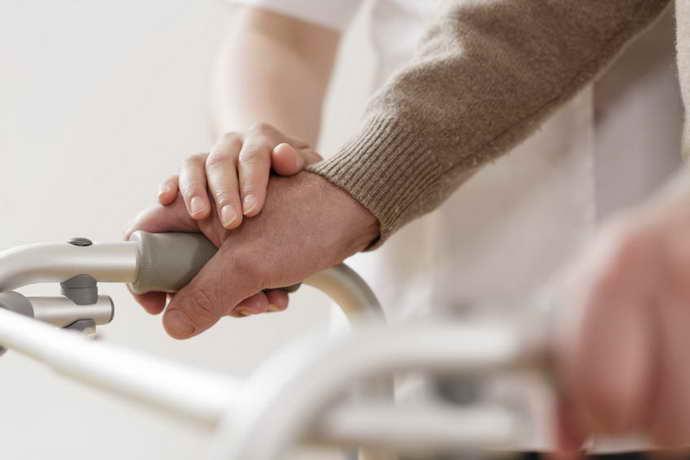 Электростимулятор при болезни Паркинсона преимущества