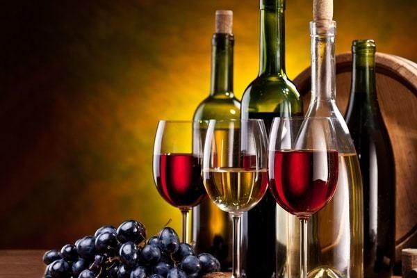Алкоголь относится к запрещенным продуктам