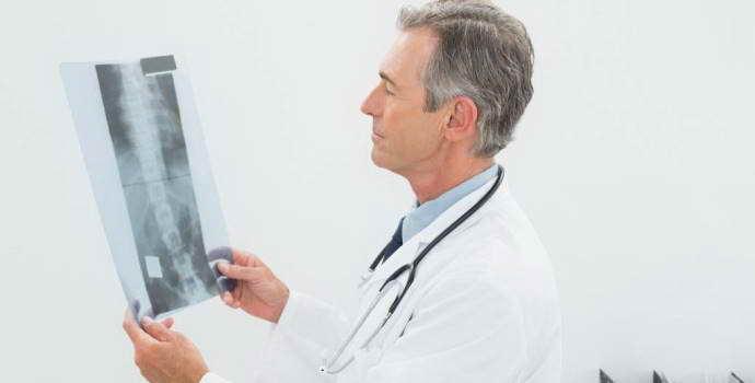 Грыжа шморля поясничного отдела позвоночника: лечение. Насколько нужны хирургические методы